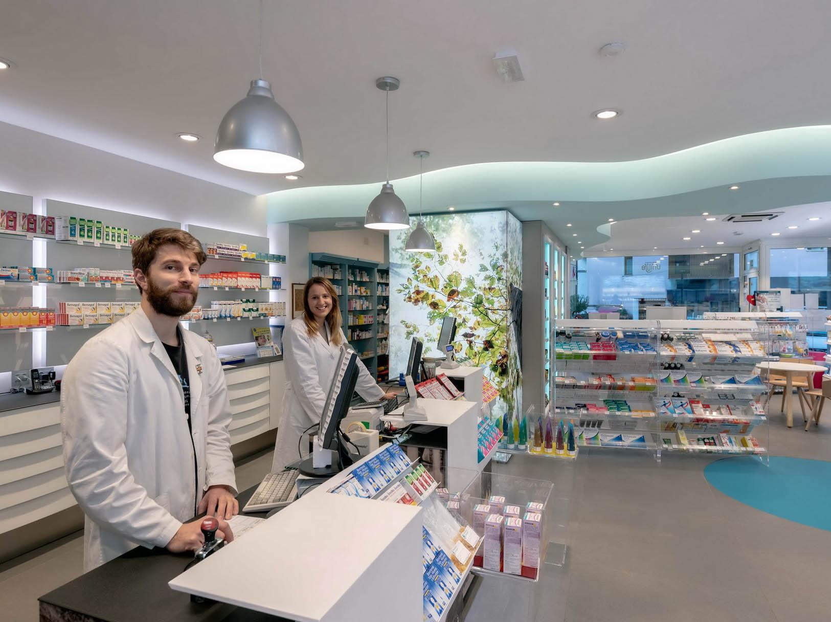 Arredamenti farmacia Zampieri