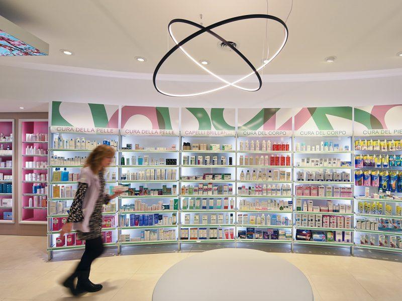 Arredo farmacie Roma Sartoretto Verna