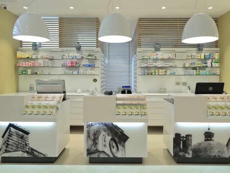 Banchi monopostazione Lea per la farmacia