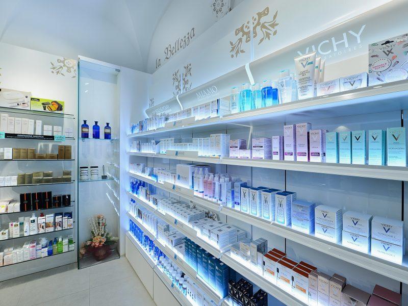 Arredamenti farmacia SV Ral System 8