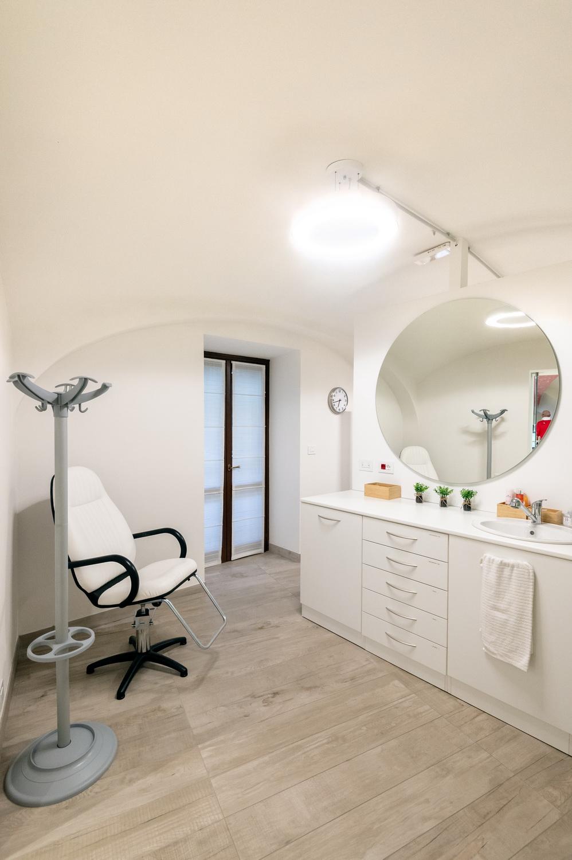 Saletta farmacia Torino