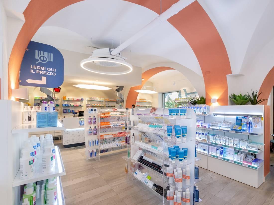 Arredo farmacia Torino