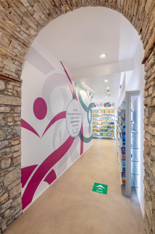 Ristrutturazione farmacie Brescia
