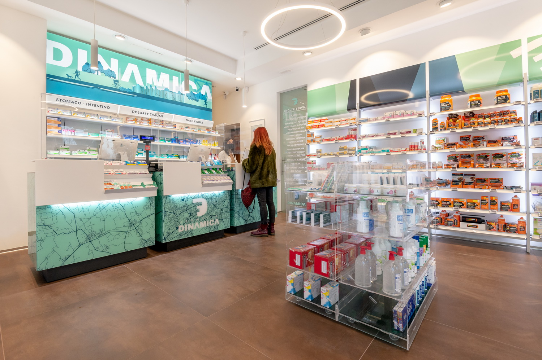 arredamento farmacia milano