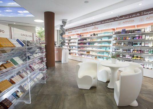Farmacia-Tre-Ponti-BUSTO-ARSIZIO-min-800x600