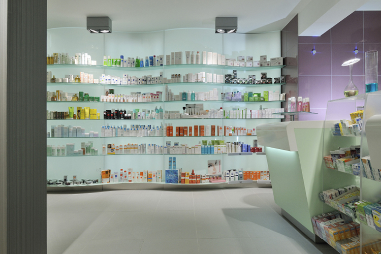 Ral4-arredo-farmacia